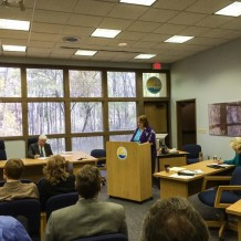 Lucinda Merritt calling for mediation after the proposed MFL rule for the Lower Santa Fe and Ichetucknee rivers was radically rewritten (under FDEP influence) to be far less protective of the rivers. Suwannee River Water Management District hearing on MFLs, April 2, 2014.